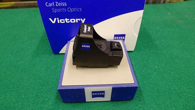 Zeiss Entfernungsmesser Victory 8x26 T Prf Test : Optiken